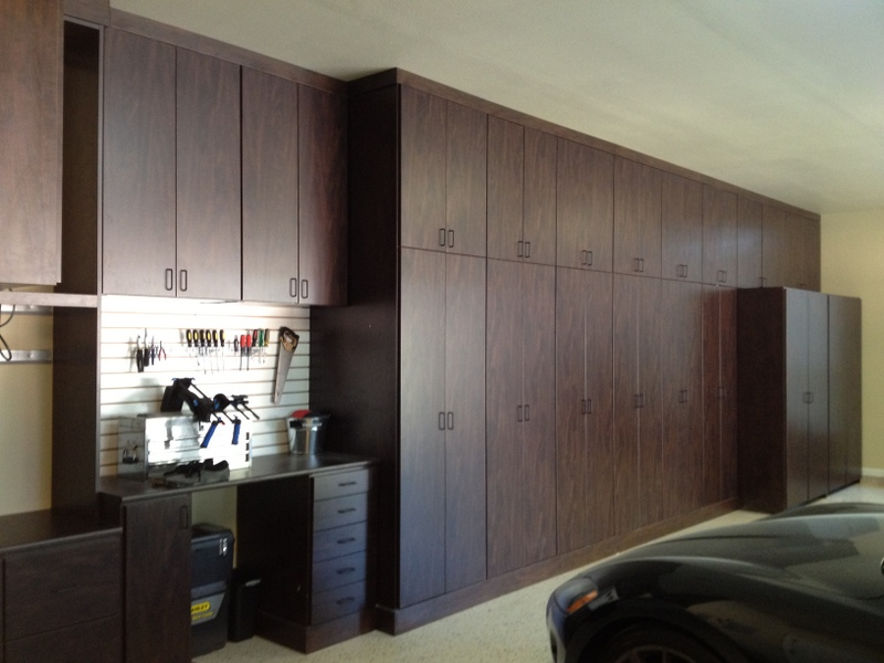 7 steps to organize your garage - Armoire de rangement garage castorama ...